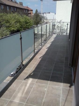 Beüvegezés mattfóliás ill. víztiszta üvegekkel
