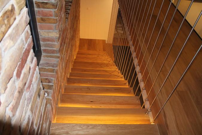 Pálcás lépcsőlezárás
